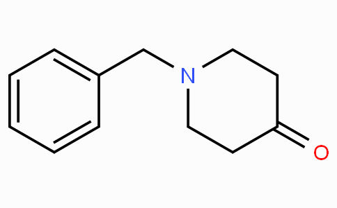 1-Benzylpiperidin-4-one